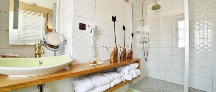Chambre d 39 ad le h tel restaurant la bastidie for Chambre de bain 2016